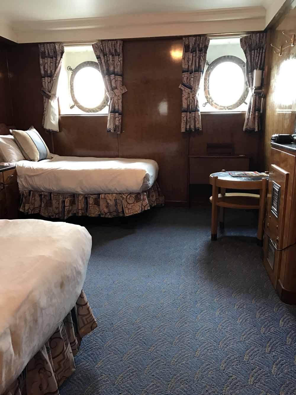 Kummitusjahdissa Queen Mary -aluksella 12