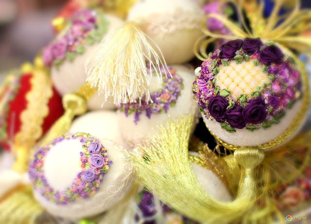 декоративные пасхальные яйца, из чего можно сделать пасхальное яйцо, пасхальные яйца своими руками пошагово, декоративные яйца с лентами, декоративные яйца с докупающем, декоративные яйца из бумаги, декоративные яйца из бисера, декоративные яйца в домашних условиях декоративные яйца идеи фото, пасхальные яйца картинки, пасхальные украшения своими руками пошагово, пасхальные сувениры, пасхальные подарки, своими руками, пасхальный декор, как сделать декор на пасху, пасхальный декор своими руками, красивый пасхальный декор в домашних условиях, Мастер-классы и идеи, Ажурное бумажное яйцо к Пасхе, Декоративные пасхальные яйца в виде фруктов и овощей,, «Драконьи» пасхальные яйца (МК) Идеи оформления пасхальных яиц и композиций, Имитация античного серебра на пасхальных яйцах, Мозаичные яйца, Пасхальный декупаж от польской мастерицы Asket, Пасхальные мини-композиции в яичной скорлупе,, Пасхальные яйца в декоративной бумаге, Пасхальные яйца в технике декупаж, Пасхальные яйца, оплетенные бисером, Пасхальные яйца, оплетенные нитками, Пасхальные яйца с ботаническим декупажем, Пасхальные яйца с марками, Пасхальные яйца с тесемками и ленточками, Пасхальные яйца с юмором, Скрапбукинговые пасхальные яйца, Точечная роспись декоративных пасхальных яиц, Украшение пасхальных яиц гофрированной бумагой, Яйцо пасхальное с ландышами из бисера и бусин, Декоративные пасхальные яйца: идеи оформления и мастер-классы,Идеи оформления пасхальных яиц и композиций http://prazdnichnymir.ru/