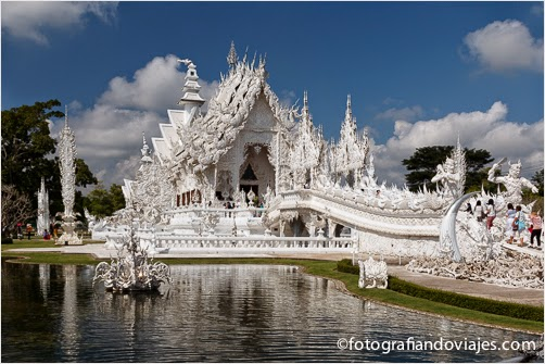 Wat Rong Khun o templo blanco en Chiang Rai Tailandia