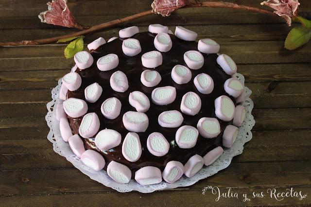 Tarta de chocolate y nubes. Julia y sus recetas