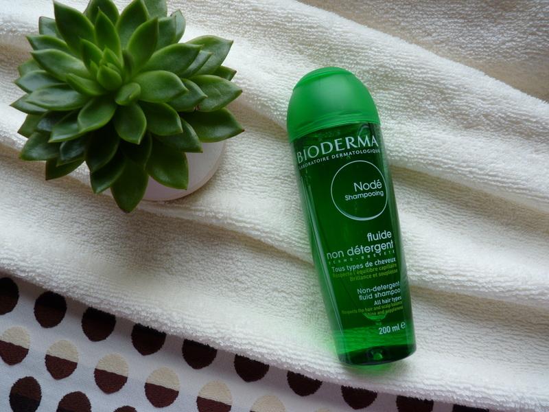 Delikatny szampon do częstego mycia włosów i wrażliwej skóry głowy - Nodé Bioderma