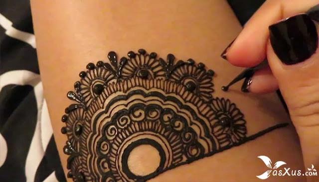10 Cara Menghilangkan Henna di Kuku, Tangan, dan Kaki Dengan Cepat
