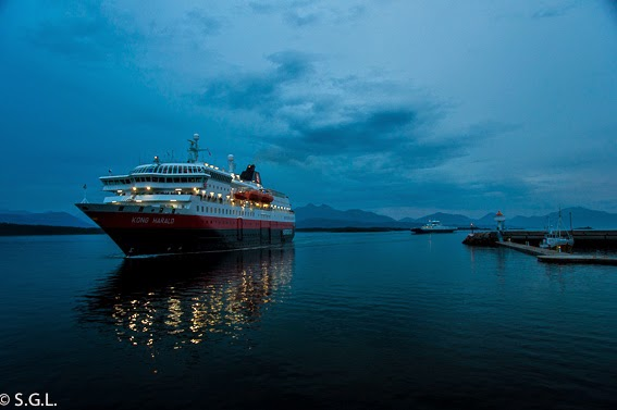Hurtigruten, de crucero por el litoral noruego