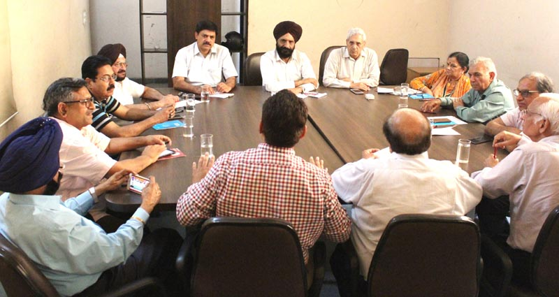 Representatives of CICU and Affiliated Associations of Ludhiana during meeting at CICU Complex