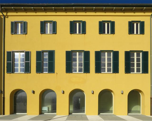 Facade of a building, Scoglio della Regina (Queen's Rock), Viale Italia, Livorno