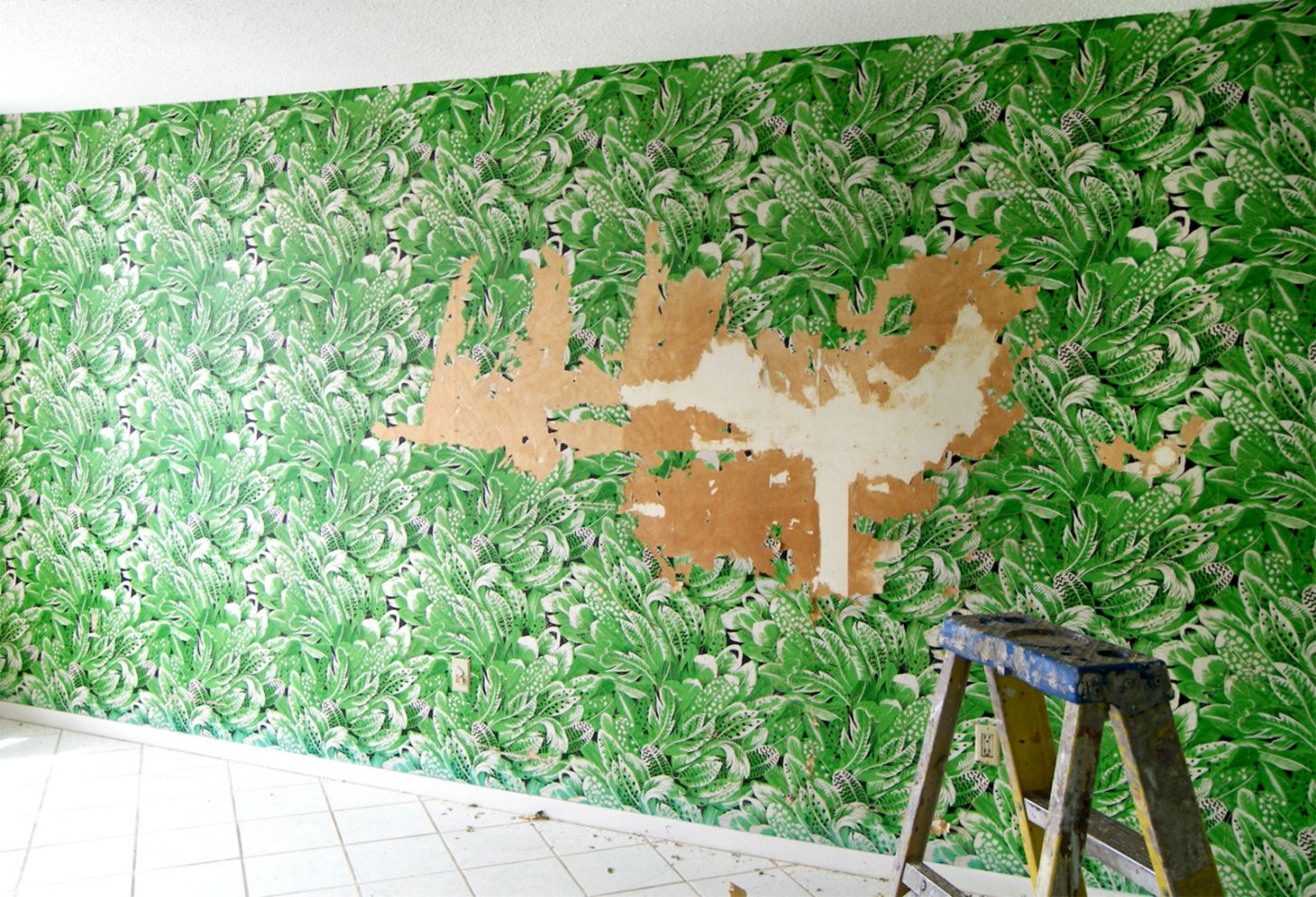 Best Way to Remove Wallpaper Wallpaper Removal Tips