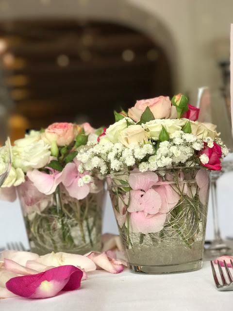 Tischblumen, Hochzeit, , Riessersee Hotel, Garmisch-Partenkirchen, Bayern, Vintage, Rosen, Schleierkraut, Rosa, Pink, See und Berge