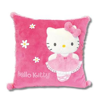 Gambar Bantal Hello Kitty 1