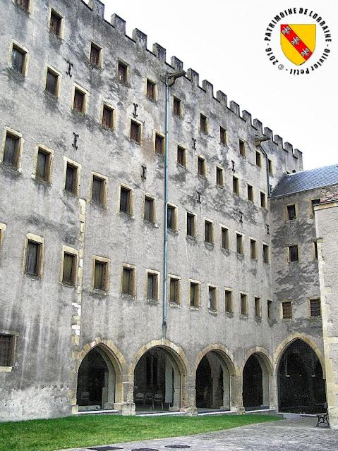 METZ (57) - Grenier de Chèvremont (1457-1467)
