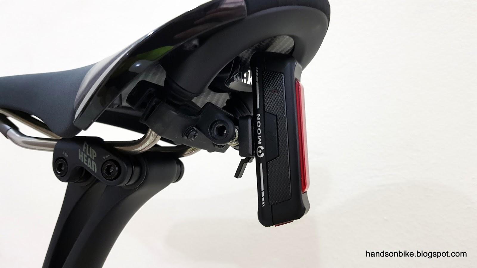 b0f19005013 CatEye CA5446510 RM-1 Rear Saddle Mount Bracket Cycling Lights and  Reflectors