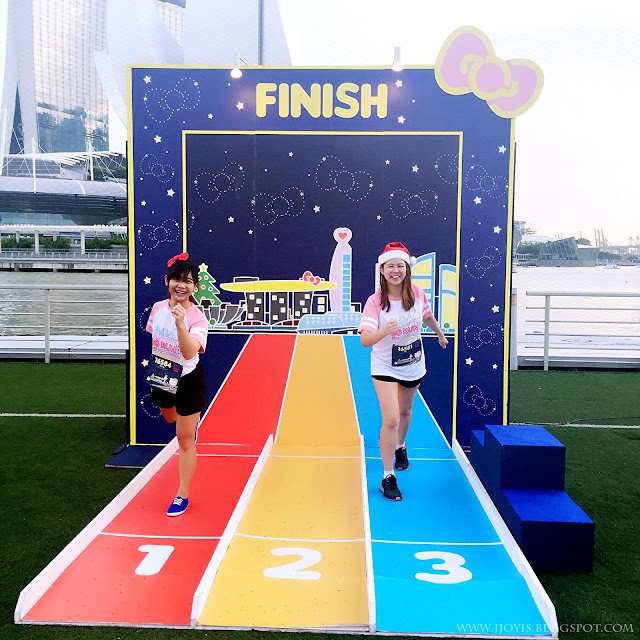 hello kitty run 2015 finish backdrop