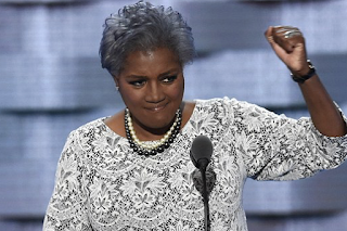 CNN Cuts Ties With Democratic Party chief Donna Brazile after she leaked SECOND Debate Question