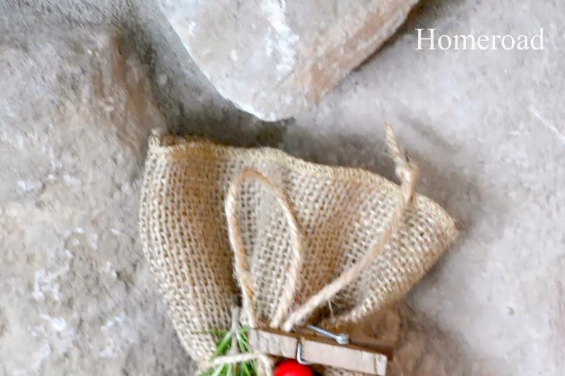 Burlap Gift Bags for Christmas