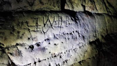 Χιλιάδες φυλαχτά κατά των μαγισσών ανακαλύφθηκαν σε σπήλαιο