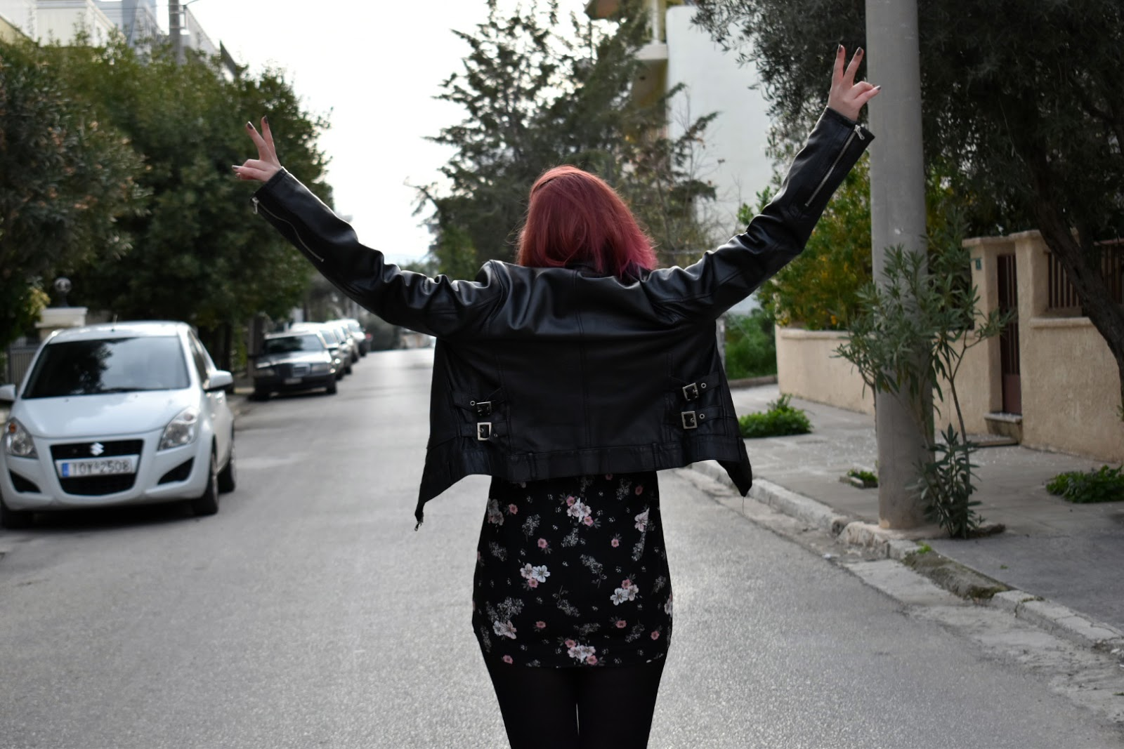spotlights on badwolf, anna keni, anna, fashion, makeup, redhead, Bad Wolf,fashion blogger,greek girl, greek fashion blogger, floral dress, floral, h&m, spring,collection, trends, black, rock, leather, badass