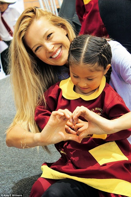 Hand Hearts Petra Nemcova Your Precious Heart