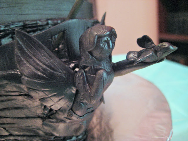 Pirate Ship Cake of The Black Pearl from Pirates of the Caribbean - Close-Up of Fondant Figurehead