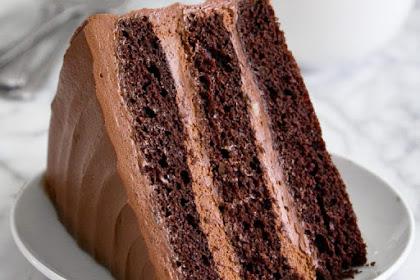 NUTELLA FUDGE CAKE