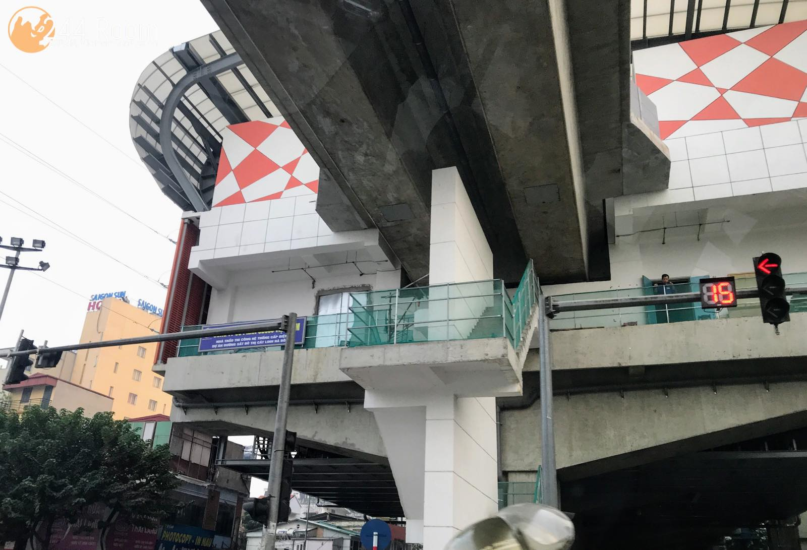 ハノイ高架鉄道駅 Elevated railway station Hanoi