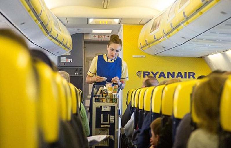 Biglietti gratis per voli aerei Ryanair? Attenti alla truffa di Natale