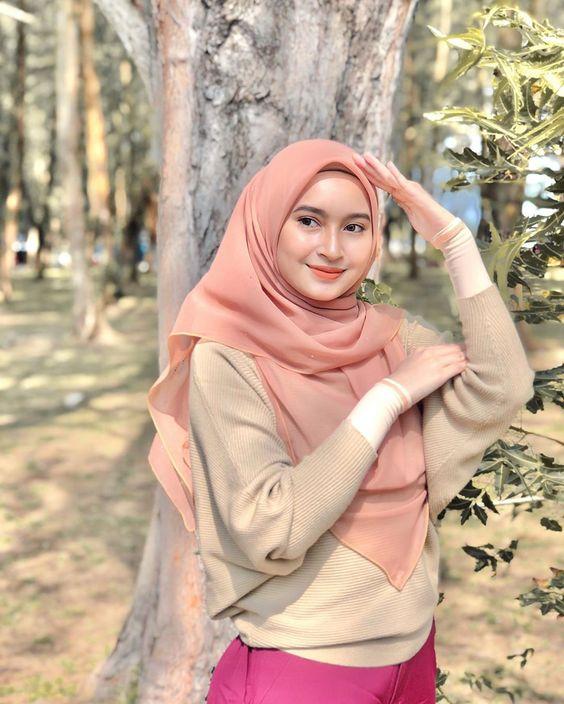 foto Cewek Bandung Memiliki Paras Yang Cantik