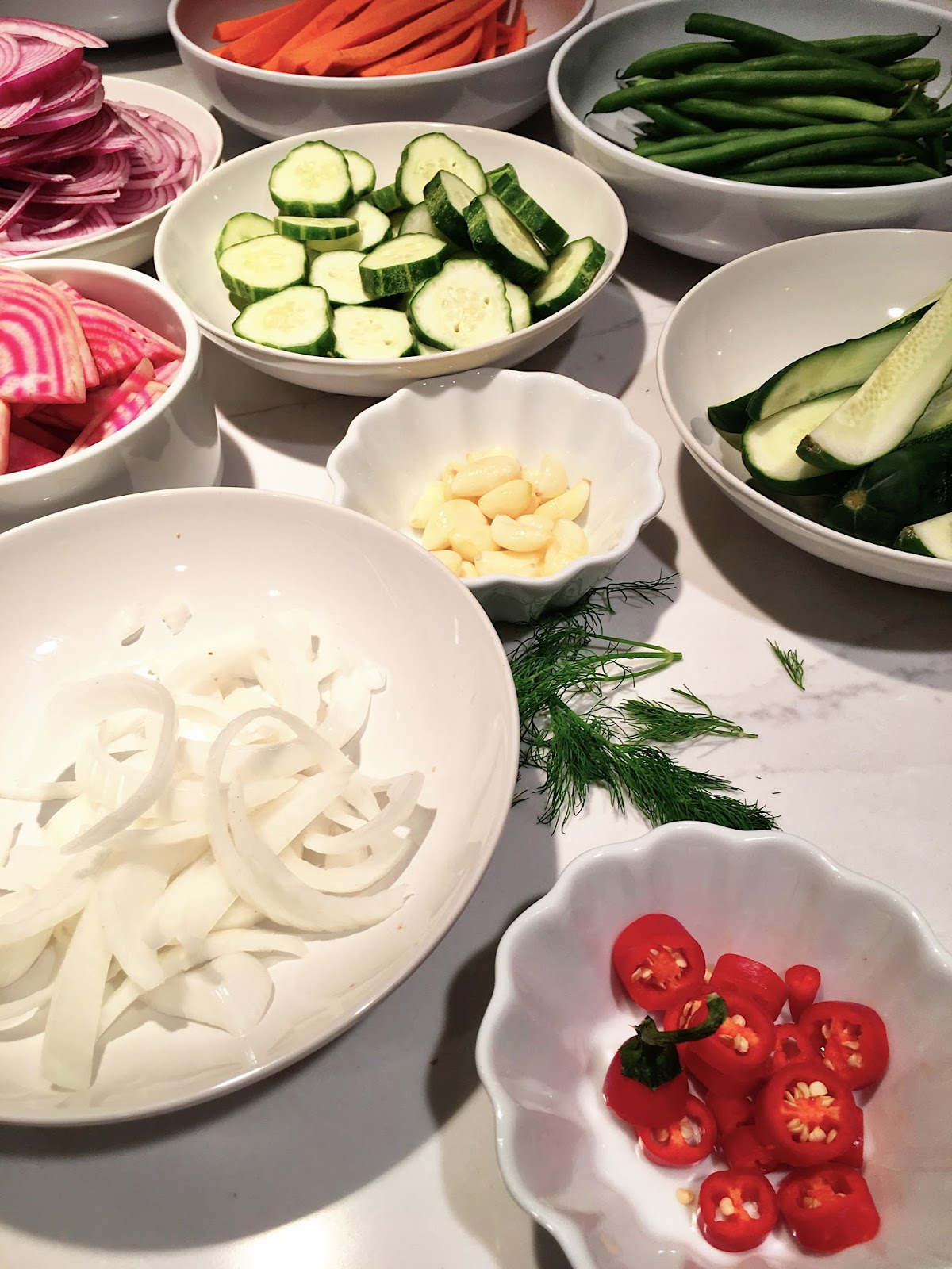 Quick and Easy Refrigerator Pickles by Holtwood Hipster Blog