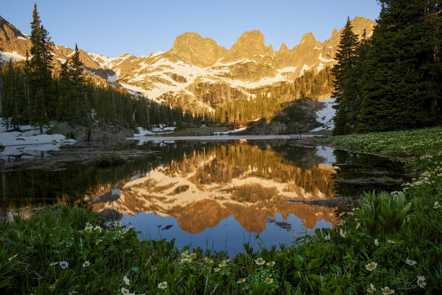 http://aaronspong.com/featured/willow-lake-sunrise-aaron-spong.html