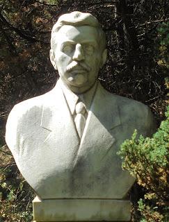 προτομή του Ίωνα Δραγούμη στο Μουσείο Μακεδονικού Αγώνα του Μπούρινου