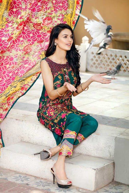 Gulaal Luxury EMBROIDERED FABRICS - EID COLLECTION GE-03 Product Code: GE-03 Availability: In Stock...