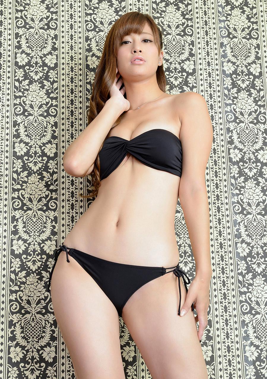 ami kawase sexy bikini pics 04