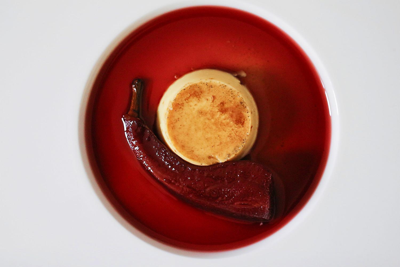 Crème Caramel mit Lorbeer und Abbé Fétel (Birnen) in Holunder  | Arthurs Tochter kocht. Der Blog für Food, Wine, Travel & Love von Astrid Paul