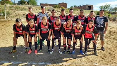 Escolinha de Futebol no Distrito de Serra dos Brandões precisa de apoio
