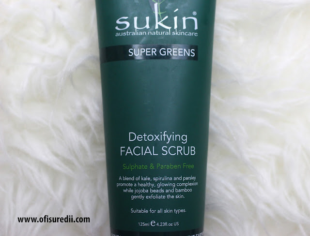 Sukin super greens detoxifying facial scrub, gentle scrub
