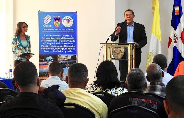 Presentan Planes Municipales de Desarrollo de seis Municipios y Distritos Municipales de la Región Enriquillo