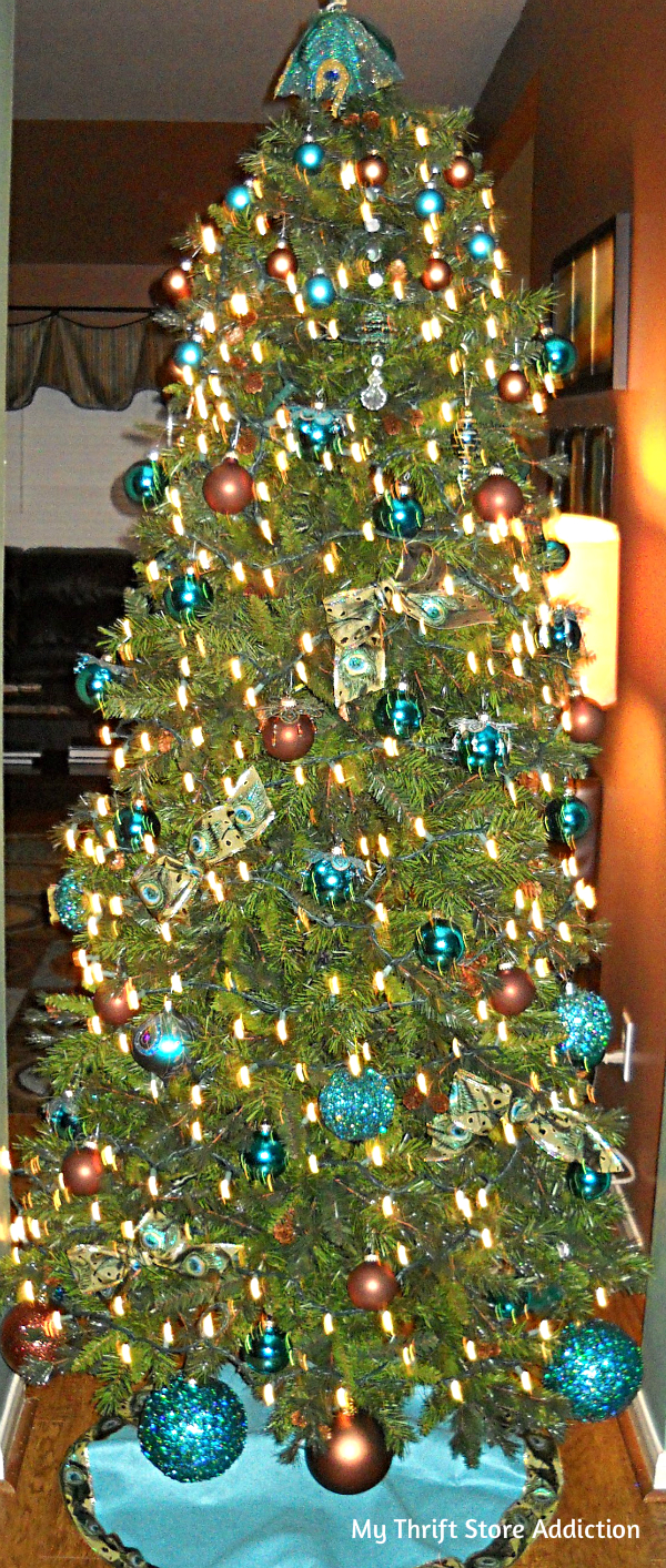 Peacock hued Christmas tree