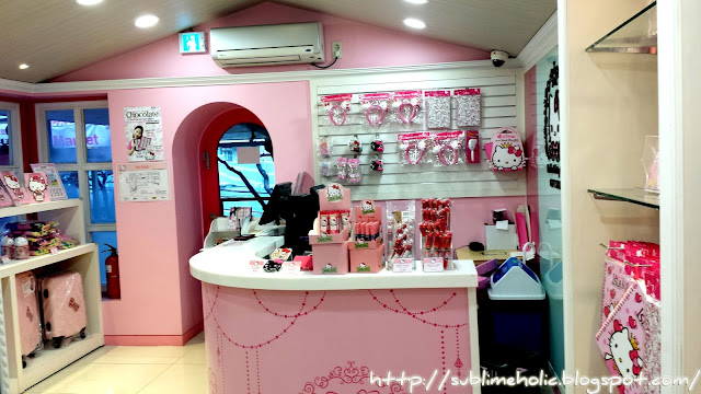I was so tempted to buy those cute little Hello Kitty head bands for my  niece! I wasn t able to check their price list though. 8ab6ef5d7d72b