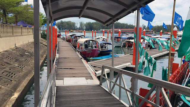 Kuala Besut Jetty - arrival door