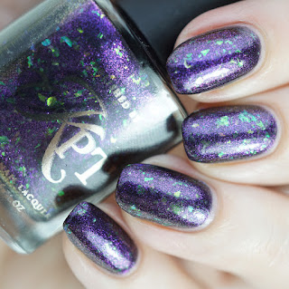http://www.life-love-nailpolish.de/2016/10/lacke-in-farbe-und-bunt-lila-hypnotized.html