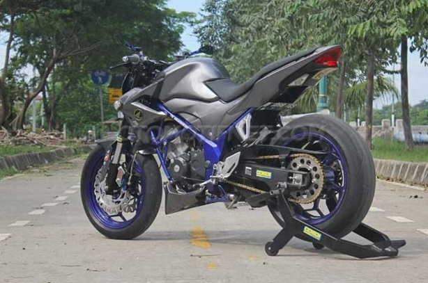 Honda%2BCB150R%2BStreetFire5