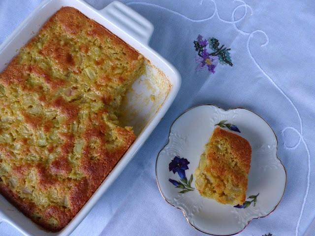 Rhabarber Eierlikör Kuchen Frühling saisonal Gemüse backen Rezept