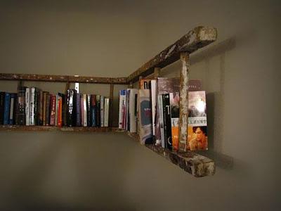 Rack Buku yang Terbuat Dari Tangga Bekas Kerajinan Tangan Unik dan Mudah