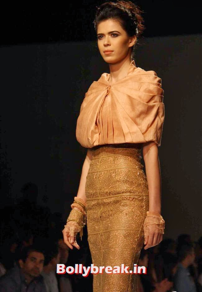 Sucheta Sharma, Shilpa Shetty walks at Wills India Fashion Week 2014