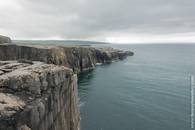 Acantilados The Burren Irlanda