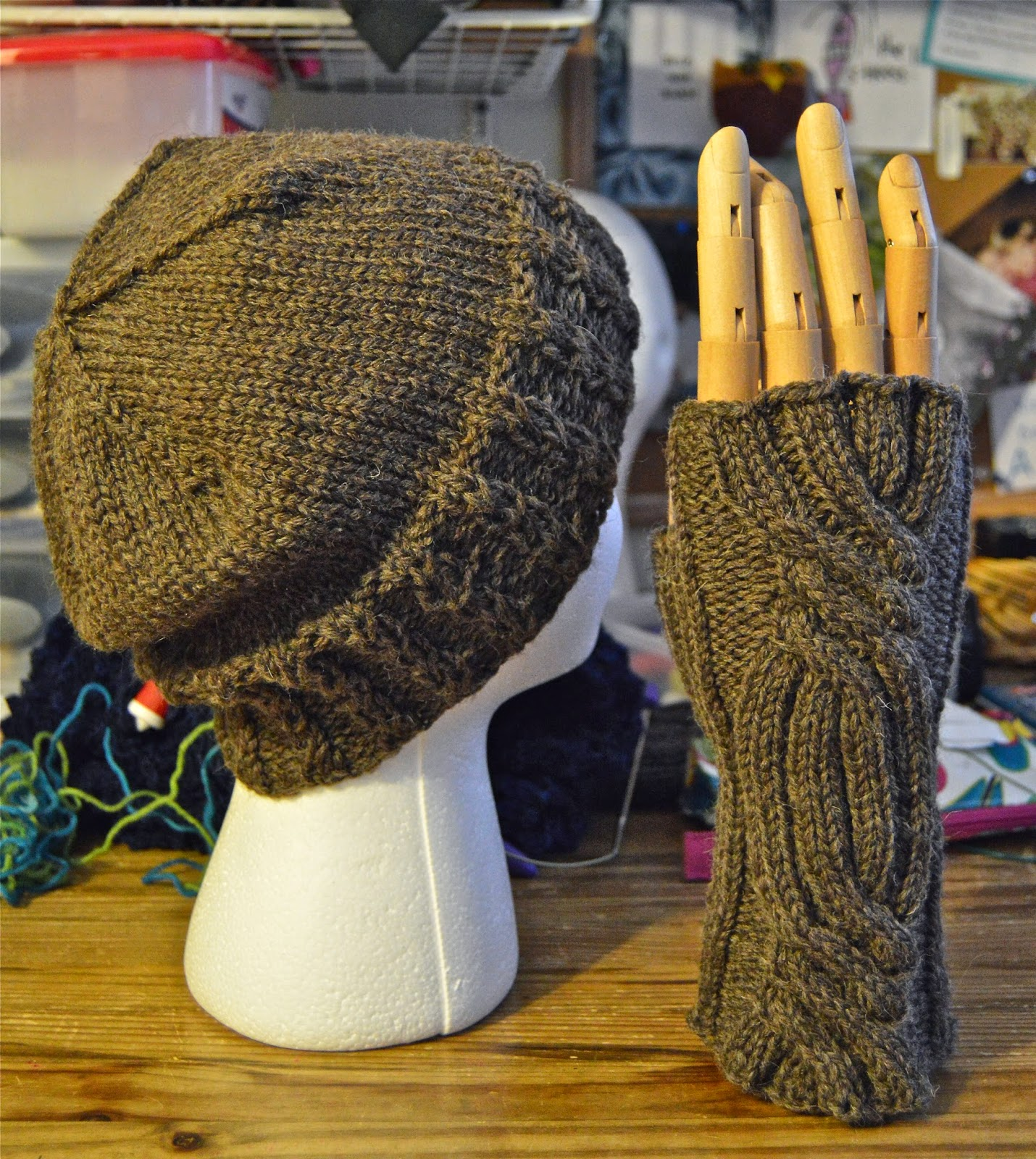 hand knit Outlander gloves and hat for sale at https://www.etsy.com/shop/JeannieGrayKnits