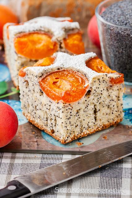 Ciasto z makiem i morelami