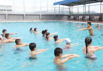 bơi lội cho trẻ em