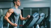 Tornare in forma con App e bracciali fitness per monitorare le attività fisiche