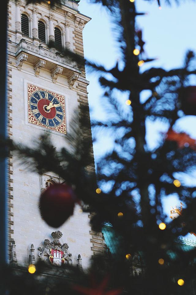 Hamburg Rathaus Christmas