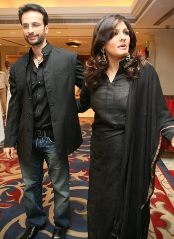 Punjabi Boy And Girl Wallpaper All Collection Wallpapers Ravina Tandon With Husband New