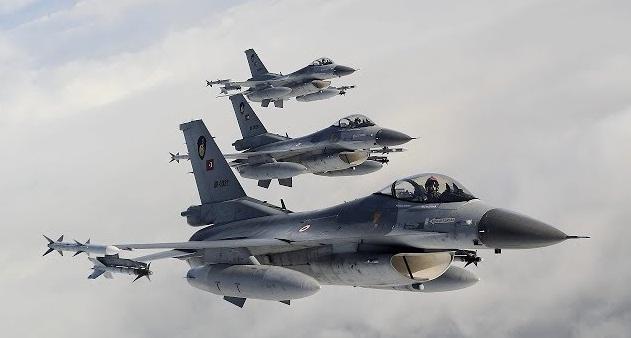 «Βομβαρδισμός» ξένων δημοσιευμάτων: «Ελλάδα και Τουρκία ένα βήμα πριν τον πόλεμο»!